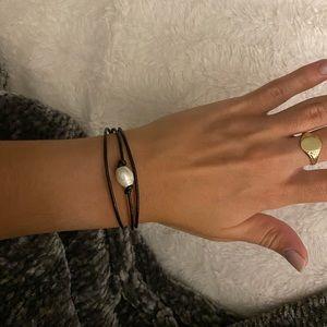 Jewelry - Single pearl bracelet